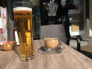 Bier und Eiskaffee Turin