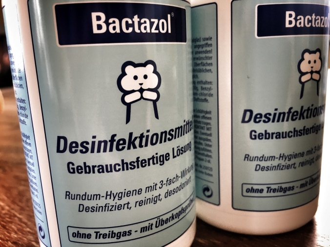 Desinfektionsmittel horten