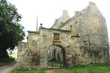 Midhope Castle alias Lallybroch