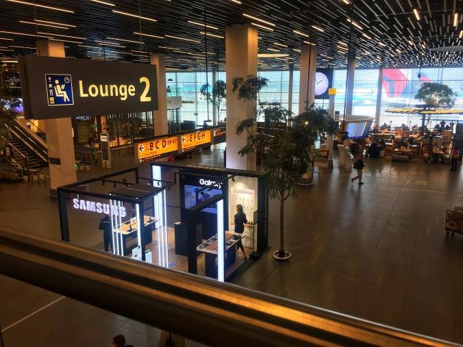 Abflughalle Amsterdam Schiphol