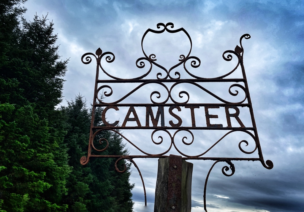 Camster farm and access to burial ground @nme Nellie Merthe Erkenbach Graveyards of Scotland